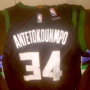 Giannis antetoukounmpo jersey
